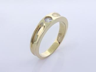 Zlatý prsteň PR21063